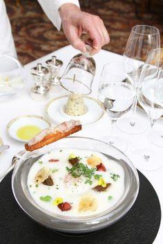 "Come and discover our new menu ""Le cinq en 55 minutes"" @Mandy Bryant Bryant Bryant Dewey Seasons Hotel George V Paris"