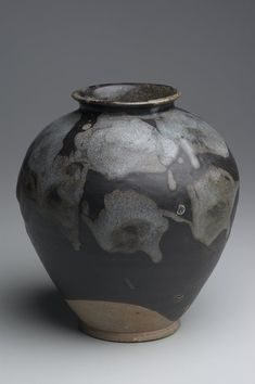 Jar, 8th century, Tang dynasty. Huang-tao ware. Stoneware with splashed phosphatic markings against a dark brown glaze, 9 3/8 x 8 1/4 in. (23.81 x 20.96 cm). Gift of Ruth and Bruce Dayton 96.51 Min...