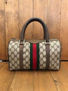 Top Designer Handbags, Gucci Handbags, Handbags Michael Kors, Tote Handbags, Purses And Handbags, Designer Bags, Prada Tote Bag, Clutch Bag, Monogram Clutch