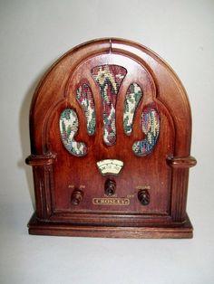 Vintage Reproduction Crosley Radio AM FM Small by NanNasThings