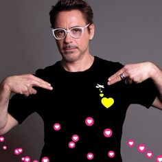 """200.9 mil Me gusta, 1,176 comentarios - Robert Downey Jr. (@robertdowneyjr) en Instagram: """"It's Just Because Day!! (I promise it's real.) So friends, just because I love you all, and just…"""""""
