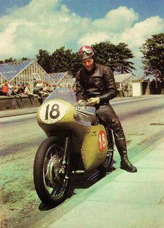 Dickie Dale / Moto Guzzi V8