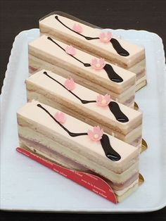 桜のオペラ。 春の香り漂うケーキ