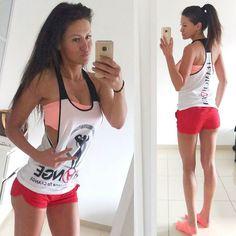 Soooo genug gegammelt jetzt geht's ab ins Dräinink #letsgo  #motivation  ist heute nicht mein bester Freund  aber wat solls da muss man jetzt durch ... Stringer @Teamchange_     #instafit #adidas #fitness #basketball #pushpullgrind #grindout #flex #justdoit #gym #trainhard #nike #grow #focus #dedication #strength #ripped #swole #soccer #muscle #shredded #squat #Deutschland #cardio #sweat #grind #legs #pushpullgrind #swag #yoga by angelina_stay_fit