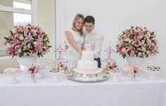 Decoração de Noivado branco e rosa bolo blog de noivas007 a