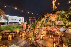 Coppa Club Tower Bridge is one of two Coppa Club London branches - but it stands out thanks to its private dining 'igloos' overlooking Tower Bridge and the Thames. Wow Restaurant, Outdoor Restaurant, Restaurant Design, Wireless Festival, Notting Hill, Kew Gardens, Greenhouse Cafe, Palace, Grand Parc