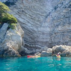Taking a kayak trip from Komiza to Stiniva Bay, Vis Island, Croatia Croatia Tourism, Croatia Itinerary, Croatia Travel, Croatia Destinations, Travel Destinations, Rovinj Croatia, Beach Cove, Croatian Islands, Visit Croatia