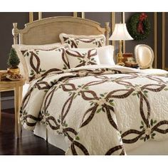 Lenox Holiday Nouveau Quilt :           Beautiful freestanding holiday quilt with collector appeal. Inspired by Lenox fine China's best selling Holiday dinnerware.