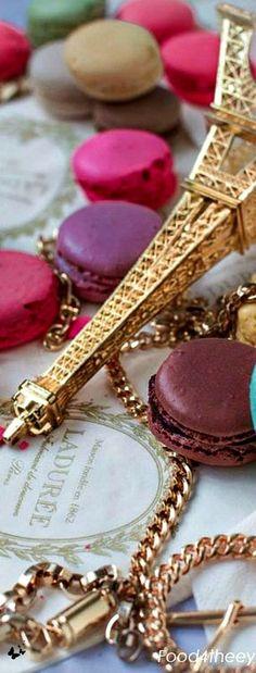 Macarons in Paris ✿⊱╮ Paris 3, I Love Paris, Paris City, Paris France, Paris Chloe, Macarons, Cake Pops, Laduree Paris, Beautiful Paris