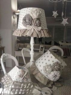 Shabby Chic Furniture: How to Paint and Distress – Shabby Chic Talk Chabby Chic, Shabby Chic Style, Shabby Chic Crafts, Shabby Chic Decor, Shabby Chic Lamp Shades, Creative Lamps, Lamp Makeover, Shabby Chic Furniture, Lampshades