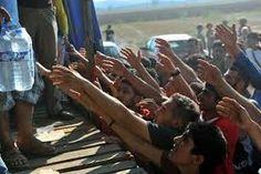 Esta imagen muestra el desamparo y la desesperación de los Sirios en los campos de refugiados.