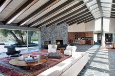 mid-century inspired Benedict Canyon house - living room