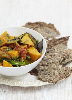 Burmese Curry with Chia 'Poppadoms'