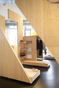 COS Pop up shop Milan09