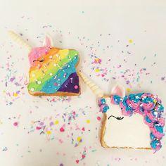 Rainbow Unicorn Fairy Bread Ingredients: anything anything anything anything Combine ingredients until thoroughly pleased. Blue Spirulina, Spirulina Powder, Unicorn Macarons, Fairy Bread, Vegan Cafe, Rainbow Parties, Bread Ingredients, Popsugar Food, Green Powder