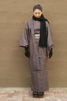 Kimono with haori Traditional Japanese Kimono, Traditional Fashion, Traditional Outfits, Geisha, Modern Kimono, Kimono Japan, Japan Outfit, Summer Kimono, Japanese Outfits
