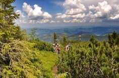 12_giumalau_mountains_bucovina_romania.jpg 1.200×797 pixels