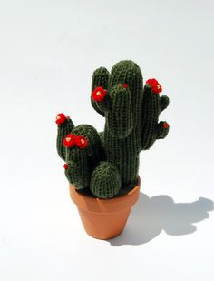 look, how cute! so easy to handle, harmless and damn pretty is the knitted cactus. real cactus shapes and colours copied. let it become your favourite