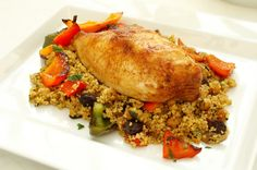 Honey-roast chicken breast with couscous and carrot salad Roasted Chicken Breast, Herb Roasted Chicken, Roast Chicken, Carrot Salad Recipes, Healthy Recipes, Chicken Supreme Recipe, Lemon Herb Chicken, Breast Recipe, Yum Yum Chicken