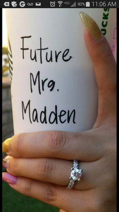 Perfect way to announce that you are ENGAGED!!!! Mrs.Madden!!!