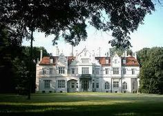 Jablon palac Poland Oh The Places You'll Go, Places To Visit, Poland Travel, The Beautiful Country, Central Europe, Krakow, Palaces, Art And Architecture, Travel Ideas