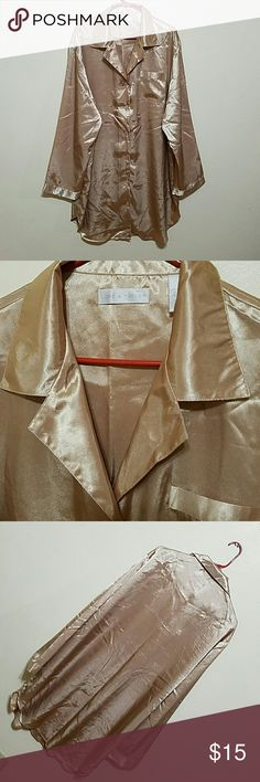 Lord & Taylor night shirt 100% polyester  but feels like silk.  Sexy and stunning gold metallic look, yet soft . . . In good condition. Lord & Taylor Intimates & Sleepwear