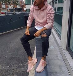 "6,686 mentions J'aime, 74 commentaires - #DAILYSTREETLOOKS (@dailystreetlooks) sur Instagram : ""Rate this outfit 1-10 #dailystreetlooks"""