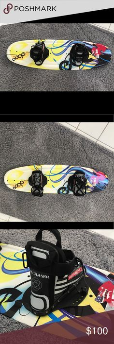 Nwot wakeboard super cool woman's/youth size Brand new woman's/kids you size wakeboard fits for sizes 4-9 shoe adjustable Accessories