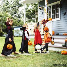 Ge bort fina halloweenkort när ni går bus eller godis. Här finns kort att skriva ut och färglägga.  #halloween #halloweenfest #barn #busellergodis #trickortreat #halloweenpyssel #pyssel