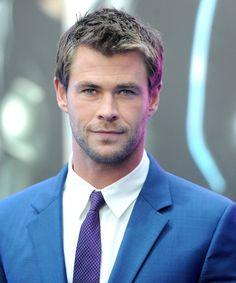 God of Thunder Chris Hemsworth Turns 32: Look Back at His Mere Mortal Days