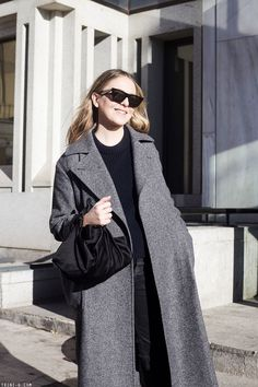 I am wearing a grey-navy-black combination to break away a bit from all the camel-black outfits that have made me go crazy addict. Cardigans For Women, Women's Cardigans, Max Mara Coat, Balenciaga, Winter Outfits, Style Me, Duster Coat, Winter Fashion, Street Style