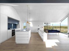 nowoczesna-STODOLA_Pobble-House-in-Dungeness_Guy-Hollaway-Architects_10