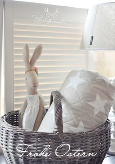 . Maileg Bunny, French Baskets, Happy Room, Christmas Tale, Room To Grow, Easter Party, Vintage Shabby Chic, Kidsroom, Happy Kids