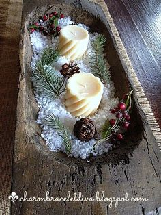 Simple Rustic Christmas Snow Centerpiece