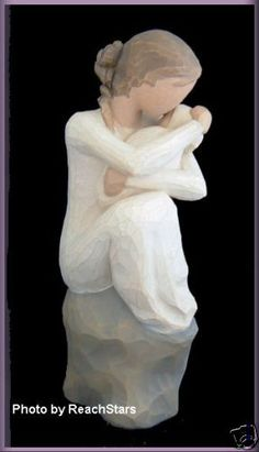 WILLOW TREE ANGELS GUARDIAN FIGURINE WITH BABY