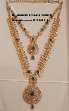 Sri Mahalaxmi Gems and Jewellers assure you for the best designs made with perfect finishing. Presenting here is a Uncut Diamond Kasu haram 78 gms. with matching short necklace 33 gm. Visit for full satisfaction. Contact no 8125 782 22 February 2019 Jewelry Design Earrings, Gold Jewellery Design, Necklace Designs, Jewelry Sets, Jewlery, Gold Wedding Jewelry, Gold Jewelry Simple, Bridal Jewelry, Gold Mangalsutra Designs