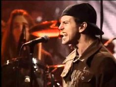 "Pearl Jam - State Of Love And Trust ""unplugged"""