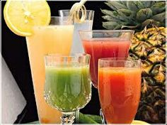 Need some healthy juice recipes? With 12 of the best juicing recipes to choose from, you are sure to find a new favorite! Who said healthy juices were boring? Best Juicing Recipes, Healthy Juice Recipes, Juicer Recipes, Healthy Juices, Healthy Treats, Healthy Smoothies, Healthy Drinks, Healthy Eating, Healthy Tips