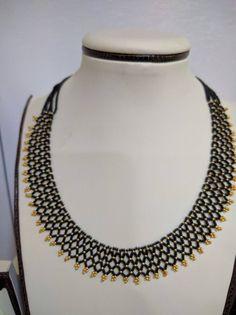 Cuff Jewelry, Bead Jewellery, Pendant Jewelry, Beaded Jewelry, Terracota Jewellery, Beaded Necklace Patterns, Traditional Earrings, Gold Jewelry Simple, Gold Earrings Designs