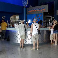 #cretaquarium #Cretaquarium #myhersonissos #crete #greece Crete Greece, Photo And Video, Videos, People, Instagram, People Illustration, Folk