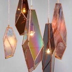 Like crystal necklace pendants to adorn your room! I especially love them all clustered together like this - they'd be great en-masse over a long dining table don't you think? #light #lights #pendantlight #pendantlights #roomjewelry #pendant #pendants #chandelier #chandeliers #decorativelighting # #interiordesign #details #lighting #decor #modern #moderndesign #design #artisan #handcraft #handcrafted #beautiful #unusual ( # @oddmatter via @_graydesign via @latergramme )…