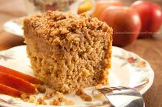Apple Cinnamon Coffee Cake with Streusel Topping on http://janiceameesglutenfree.com
