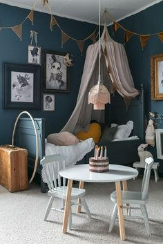Biggest Furniture Store In The World Key: 8247453158 Bunk Beds For Boys Room, Cool Kids Bedrooms, Shabby Chic Bedroom Furniture, Bedroom Decor, Bedroom Ideas, Scandinavian Kids Rooms, Cosy Room, Deco Design, Little Girl Rooms
