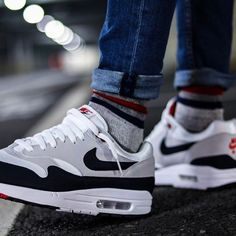 New Jordans Shoes, Nike Air Shoes, Air Max Sneakers, Mens Boots Fashion, Sneakers Fashion, Snicker Shoes, Sneaker Dress Shoes, Nike Air Max 90s, Baskets Nike