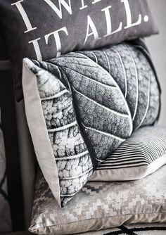 Cushions, Eightmood