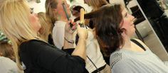 Pretty4u organiseert ook V.I.P. avonden! Zo hebben ze een avond georganiseerd voor Lunchroom Binnen, Lunchroom Zus&Zo, Prego & Multivlaai! Met leuke metamorfoses in de winkel bij Pretty4u. Haar&make-up gedaan door Yorimage en een heerlijke wijnproeverij door Latour.