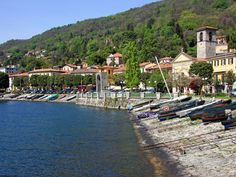 #LakeMaggiore guide and tourist information about #Verbania - Botanical Garden of Verbania-Pallanza and the botanical gardens of Villa Taranto, which is for the most part on the headland Punta della Castagnola, which separates it from the Intra Pallanza.