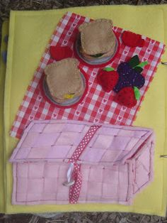 Picnic lunch quiet book page