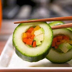 Cucumber Sushi We know it's not real sushi but we love it just the same. We know it's not real sushi but we love it just the same. Veggie Recipes, Appetizer Recipes, Vegetarian Recipes, Cooking Recipes, Healthy Recipes, Vegetarian Appetizers, Party Appetizers, Healthy Snacks Vegetarian, Healthy Food For Kids