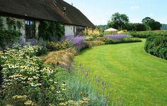acres wild landscape and garden design / millwater hampshire garden, surrey